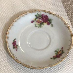 Vintage Dining - 4 HAL-SEY FIFTH vintage floral saucers
